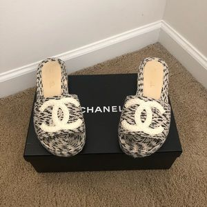Chanel Tweed Slide on Sandals — Size 8 GENTLY WORN